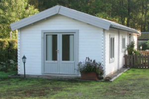 b827bad56a78 Ξύλινο σπίτι τύπου τροχοβίλας που μπορεί να τοποθετηθεί πάνω σε trailor.Με  2 υπνοδωμάτια άνετο μπάνιο και κουζίνα καθιστικό.